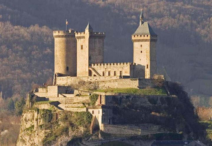 ch teau de foix well preserved medieval cathar castle in france. Black Bedroom Furniture Sets. Home Design Ideas